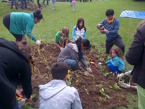 Planting at Solel Synagogue
